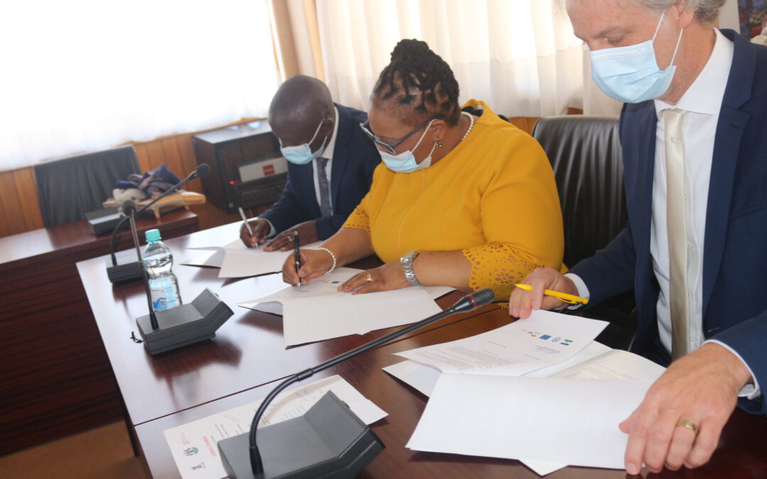 National University of Lesotho Enters Learning Partnership  for Integrated Catchment Management  under ReNOKA ('we are a river')